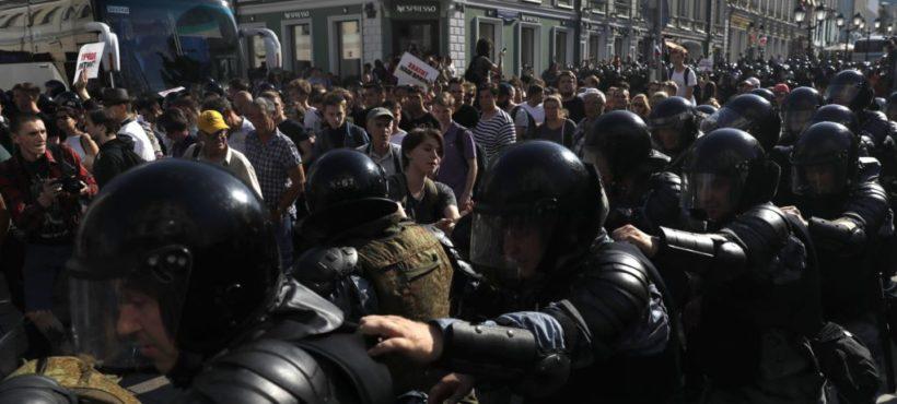 Moskwa: Kronika protestu o uczciwe wybory