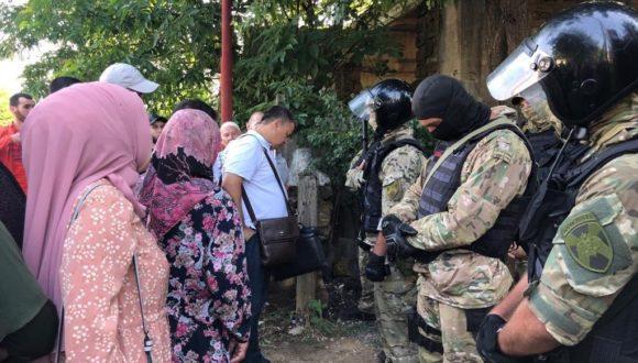 Na Krymie odbyli się liczne przeszukania w domach Tatarów krymskich