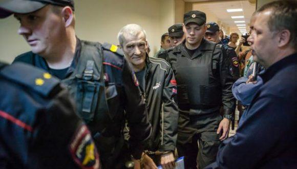 Prokuratura wnioskuje o 15 lat więzienia dla historyka Jurija Dmitriewa