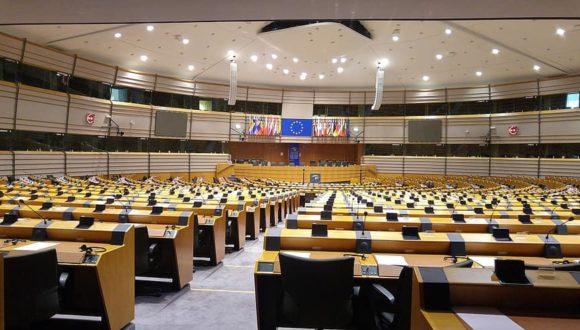 Parlament Europejski przyjął rezolucję w związku z zatruciem Nawalnego