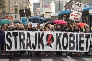 Фото: Черный понедельник, 3 октября 2016 г., archiwumosiatynskiego.pl