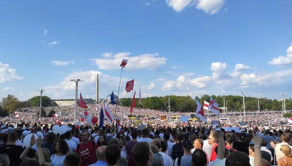 Салідарнасць/Solidarność: Как и зачем Польша помогает Беларуси