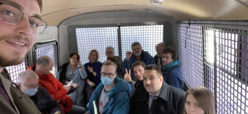 """""""Niepożądany forum"""". Na zjeździe deputowanych miejskich w Moskwie zatrzymano 200 osób"""