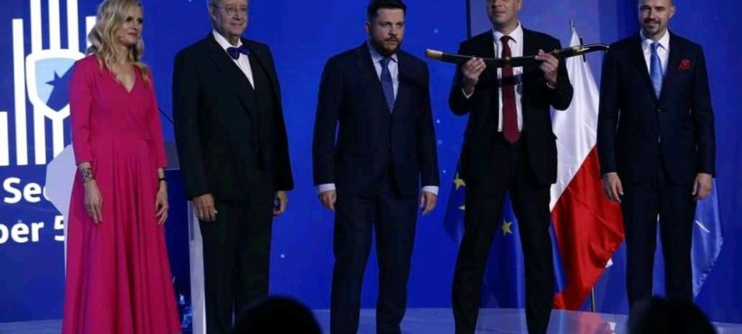"""Knight of Freedom"" prize was awarded to Alexei Navalny in Warsaw"